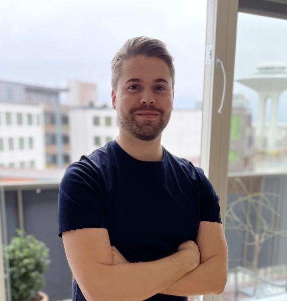 Mikael Olsson är en iOS-utvecklare med passion för Cloud-lösningar.